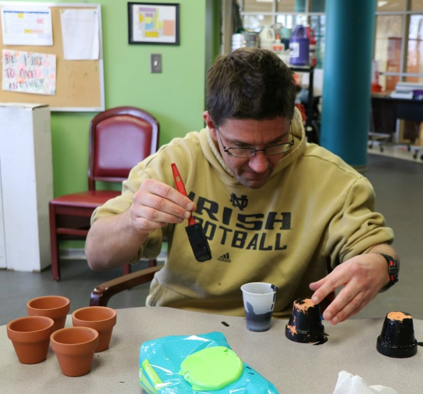 stepping-stones-adult-day-program-community-flower-pot-project-norwood-ohio (1)