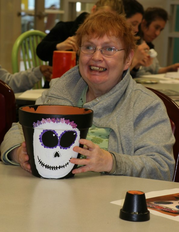 stepping-stones-adult-day-program-community-flower-pot-project-norwood-ohio (7)