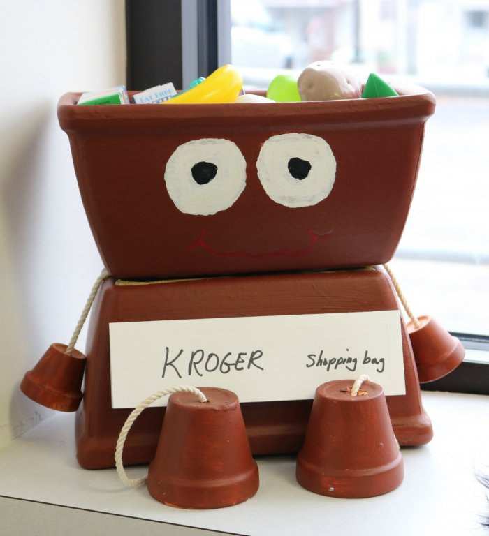 stepping-stones-adult-day-program-flower-pot-project-kroger-norwood-ohio