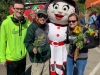 adults-around-town-program-visits-gorman-farm-sunflower-festival-cincinnati-ohio-01