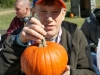 stepping-stones-adult-day-program-visits-burger-farm-newtown-ohio-fall-festival-10